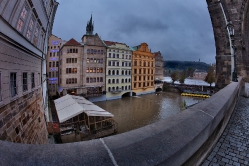 Вид от Староместской мостовой башни.