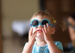 Малышка и очки